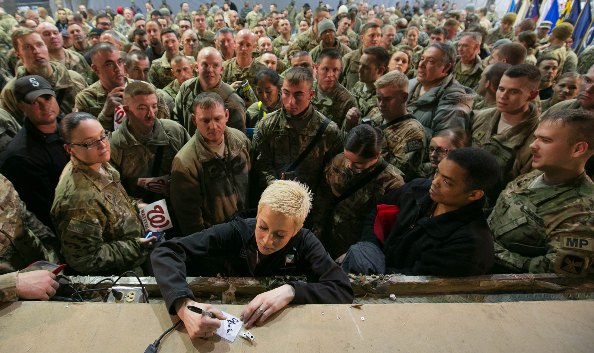 USO Kelly Pickler