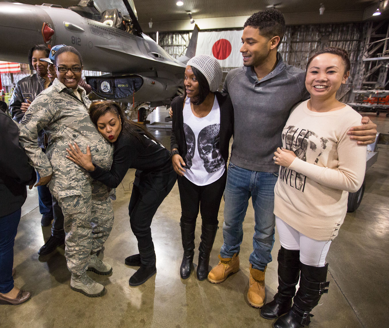 Taraji P. Henson poses with pregnant soldier in Japan
