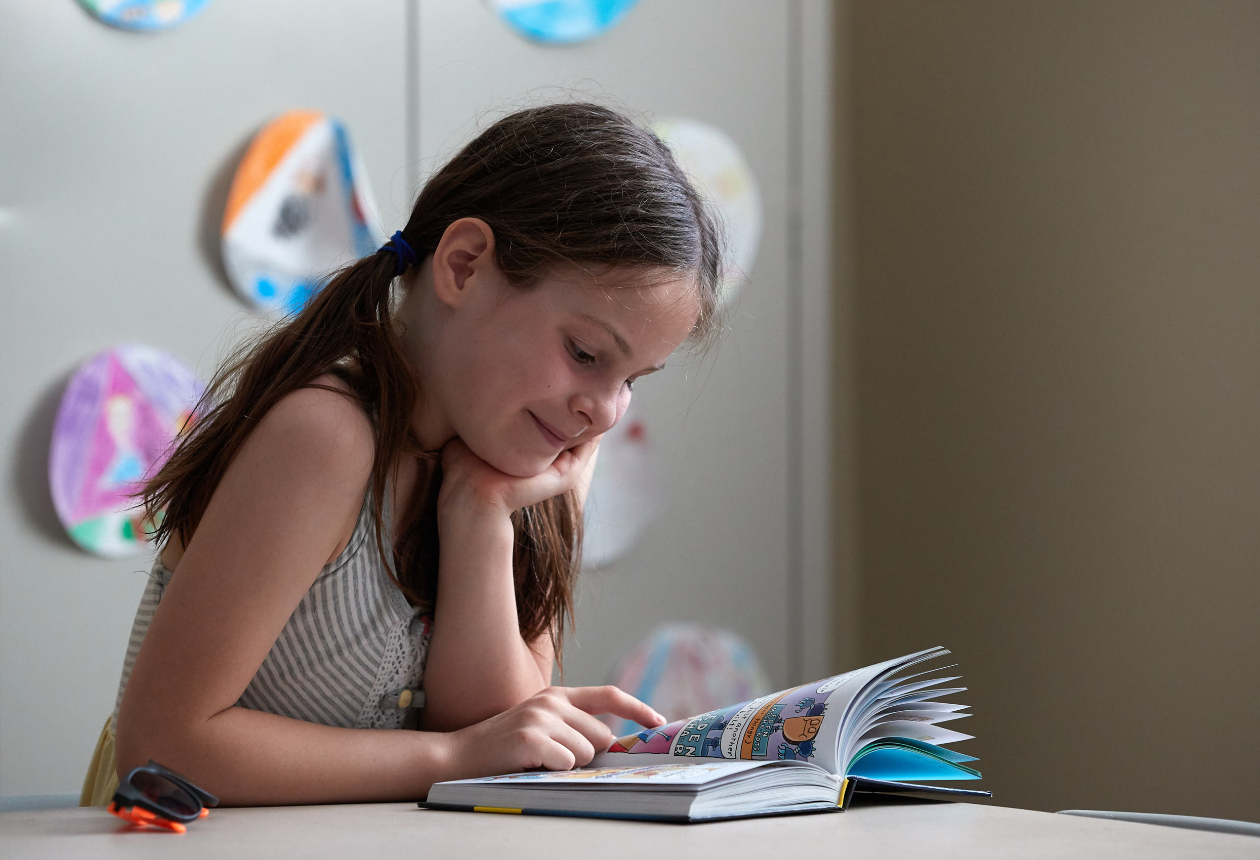 A Girl Reads After School