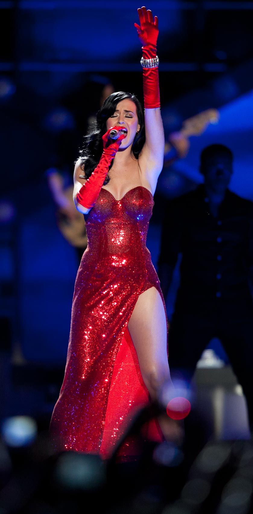 Katy Perry perfoms in USO show